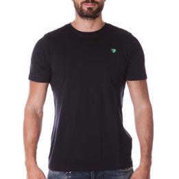 Camiseta UP Básicos negro hombre