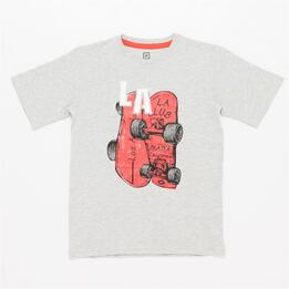 Camiseta UP STAMPS Gris Niño (10-16)