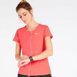 Camiseta Running Nike Roja Mujer