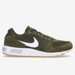 Nike Nightgazer Verdes