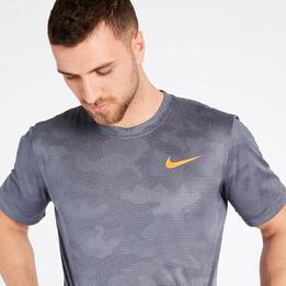 Camiseta Running Nike Gris