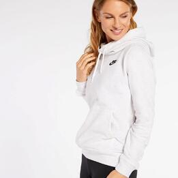 Nike Chimehdy