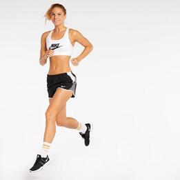 Top Fitness Nike Swoosh Futura