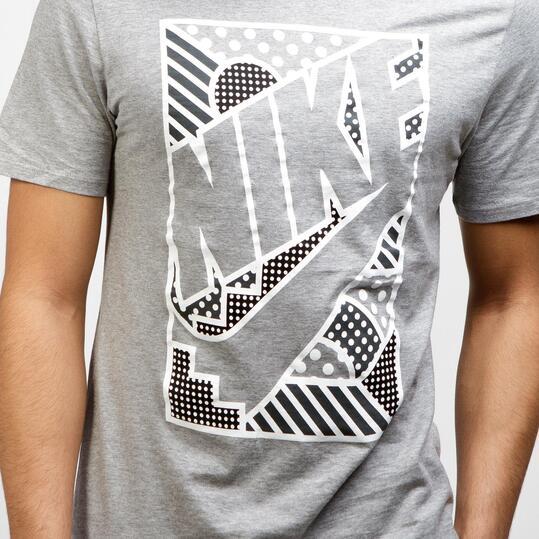 NIKE POP Camiseta Manga Corta Gris Hombre