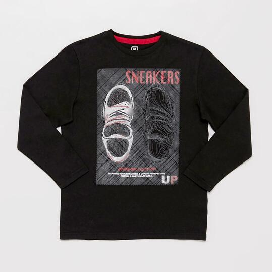 Camiseta Manga Larga UP STAMPS Negra Estampada Niño (10-16)