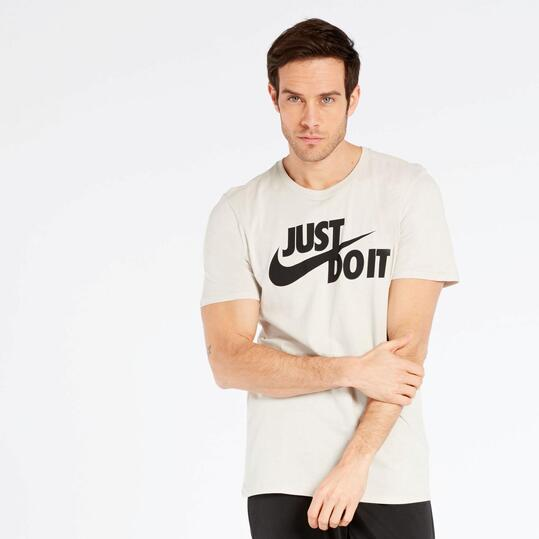 Camiseta Nike Marrón