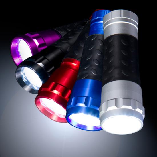 Linterna Fluorescente BORIKEN 14 LEDS en Negro