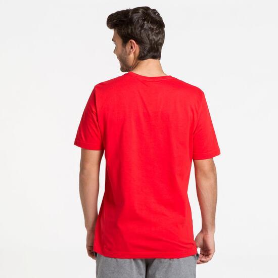 PUMA ESS Camiseta Manga Corta Roja Hombre