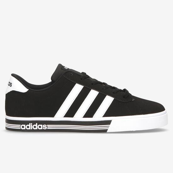 new styles f9973 b95ca Zapatillas adidas Daily Team Negras Hombre
