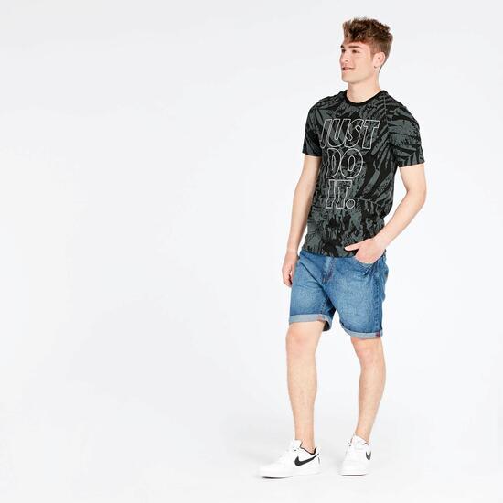 Camiseta Negra Nike Fern