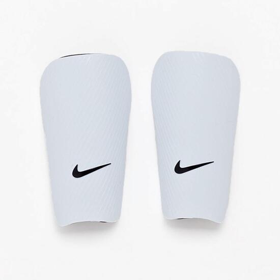 Espinillera Nike