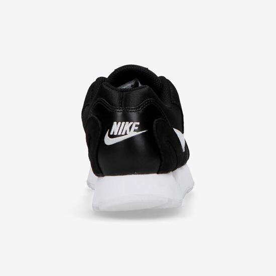 Nike Delfine