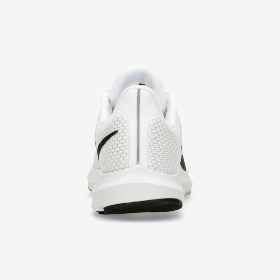 Nike Quest 2
