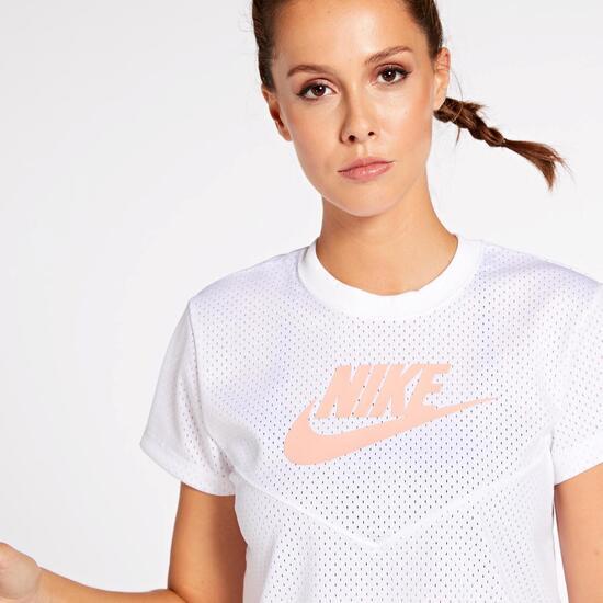 Nike Heritage Mesh