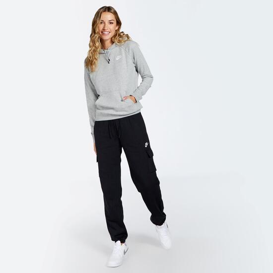 Nike Ess